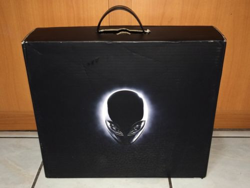 "DELL ALIENWARE 17.3"" i7-2670QM QUAD CORE 3.10GHz 16GB 1TB SSD VGA"