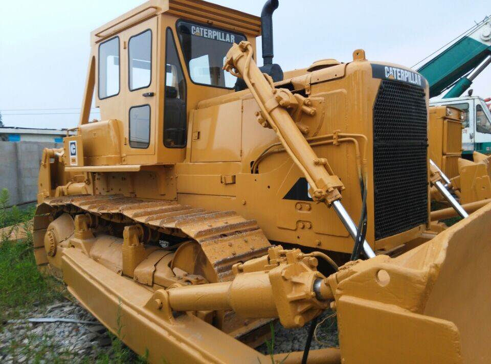 GOOD PRICE CATERPILLAR USED BULLDOZER D8K