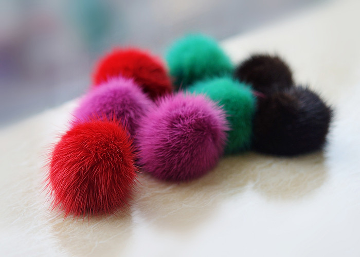 Custom rabbit fox raccon fur pompom real fur pom ball