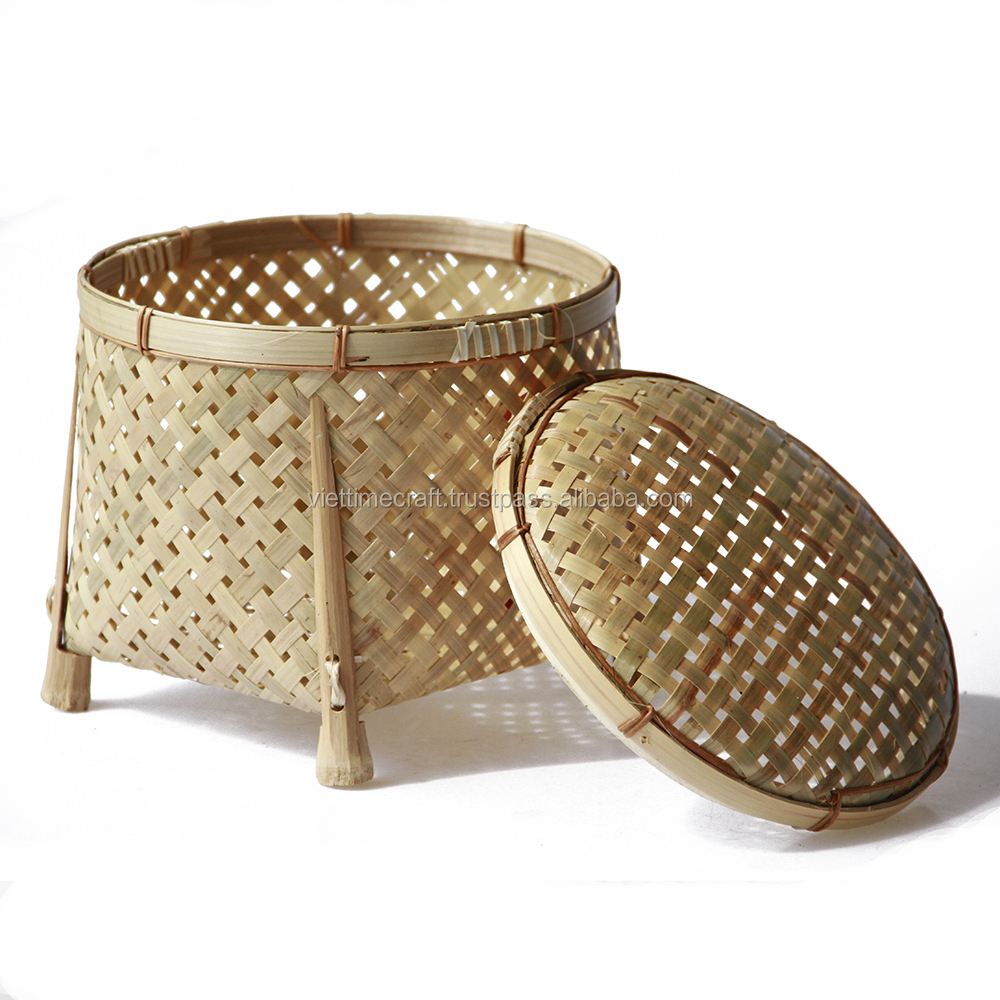 Bamboo box with lid