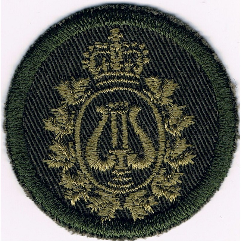 Embroidery badge Canadian Armed Forces Band Branch Green Bush Hat Badge Queen's Crown. Embroidered Other Ranks' cap badge