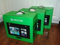 For New Latest xBOx ONE console & Play Station 4 + 10 Free Games & 2 Wireless controller
