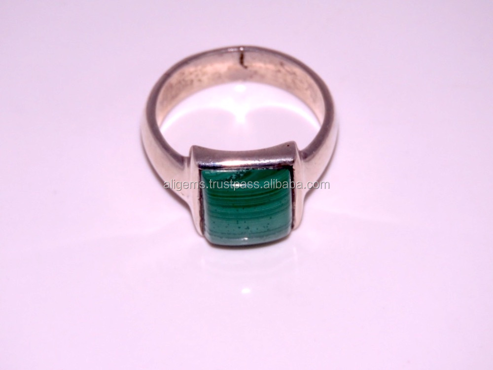 26 Cts Nice Looking 925 Silver Ring Malachite Design for man Ring