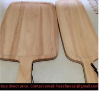 wooden cutting board / pine wood cutting board