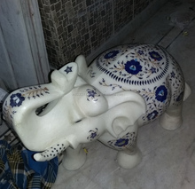CUTE HAND CARVED MARBLE ELEPHANT WILD ANIMAL STATUE HOME DECOR ART INDIA