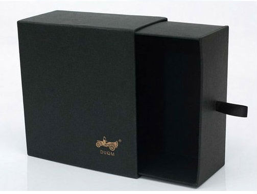 2015 custom logo printing black matte lamination gift box wholesaler