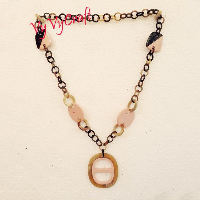 Handicraft white/black buffalo horn necklace jewelry in Vietnam VVN-485