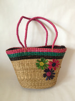 Natural seagrass handbags 100% made by hand, perfect for ladies to shopping and picnic