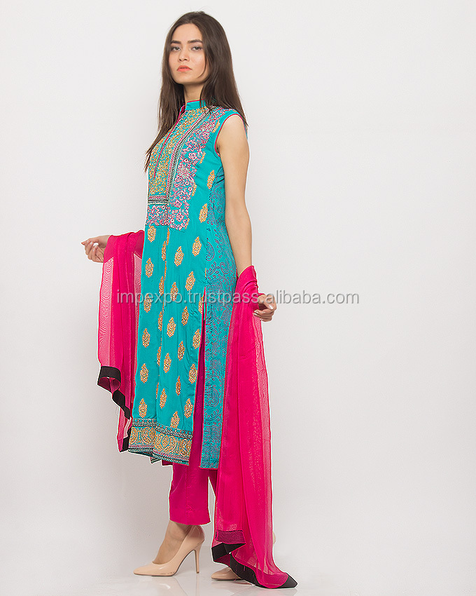 Pakistani wholesale salwar kameez / Punjabi suit designer boutique