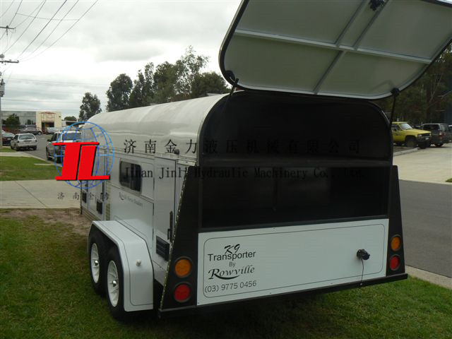 Hot sale 4 dog trailer with caraven door China imported