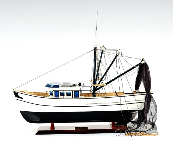Wooden ship model Shrimp Boat Fishing boat L60