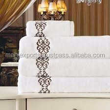 High standard design white hotel bath towels