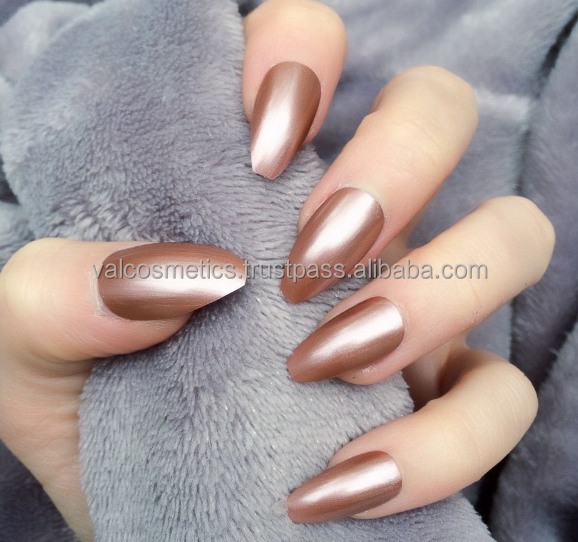 Mirror Chrome Mermaid Gel Nail Polish