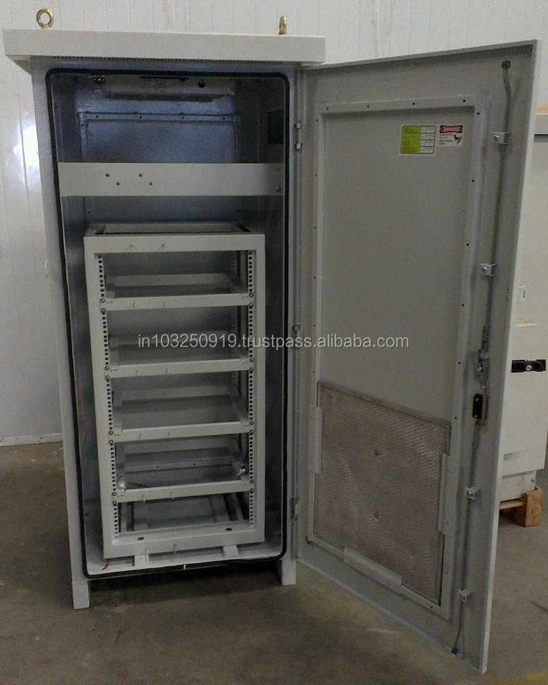 IP 55 Outdoor Telecommunication Cabinet With