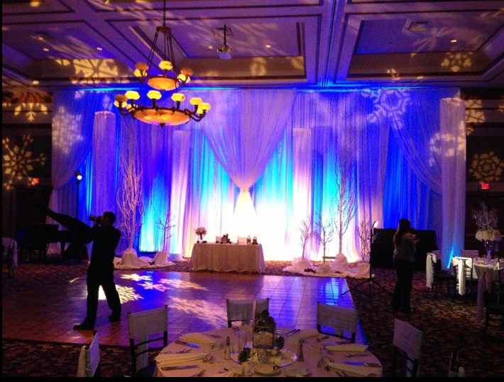 Wedding pipe and drape with curtains wedding decoration water fountain