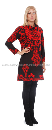 Lady's Sweater Dress Long Red on Black