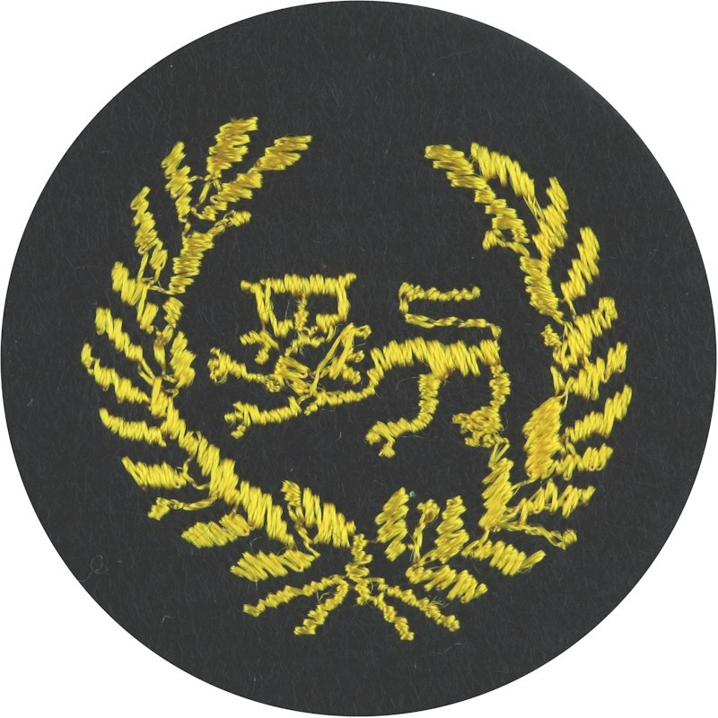 kings-own-royal-border-regiment-wosncos-sidehat-on-dark-blue-circle--embroidered-other-ranks-cap-badge