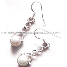 Silver Jewelry Exporter and Manufacturer !! Red_Garnet_925 Fancy Silver Stud Earring , Gemstone Silver Famous Jewelry