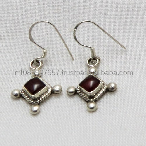 New Listing !! Garnet Jewelry in Silver Indian Top Look Forever, 925 Silver Jewelry