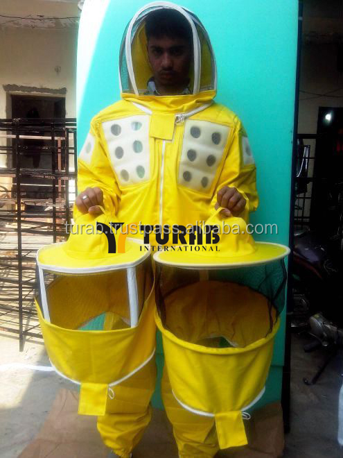 Yellow Foam Ventilated Beekeeping suit with round, fencing and square veil