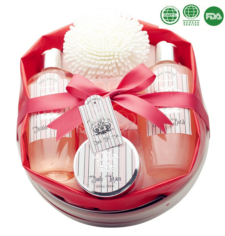 OEM/ODM Strawberry Bath Spa Gift Set In PVC Bag Shower Gel For Wholesale