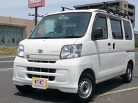 Good looking and Right hand drive used japanese vans at reasonable prices HIJET CARGO 660 Special