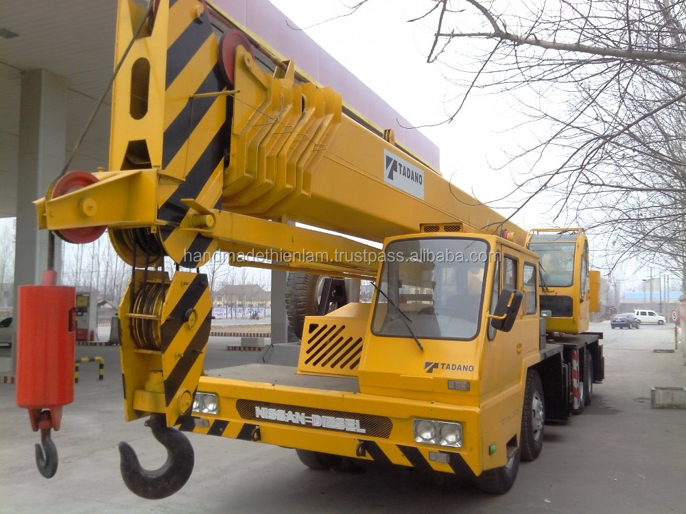 Used Tadano/kato/zoomlion crane 20t,25t,30t,35t,40t,50t,55t,60t,65t,70t,75t,100t,160t,180t,200,250t,300t all have store