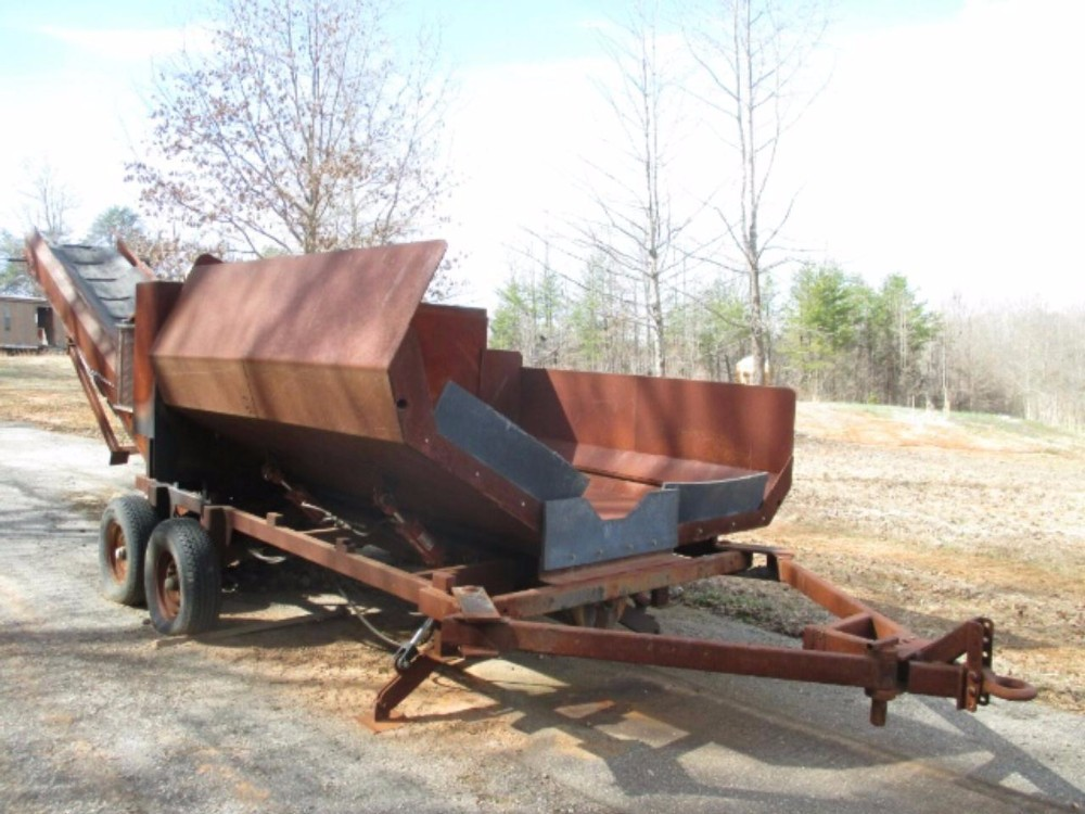 2011 Custom Built Asphalt Transfer Hopper- Auger 19231