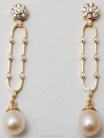Cluster Set Round Diamond South Sea Pearl 18K Yellow Gold Hanging Earrings