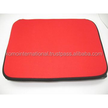 14-inch neoprene laptop sleeve with good quality, flexibility and easy to carry