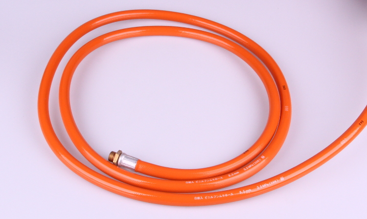 Flexible PVC high pressure pesticide spray hose. Manufactured by Kuraray. Made in Japan (pressure hose)