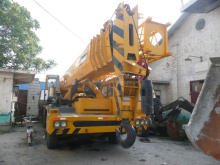 used crane in Shanghai China TG800E