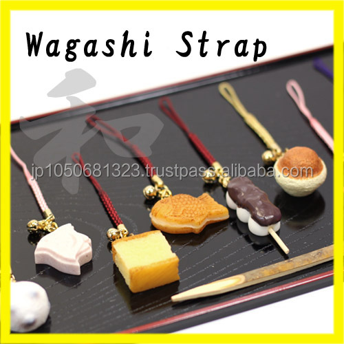 Durable and easy to use wagashi of Japanese traditional snack with mobile phone accessory
