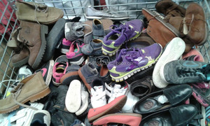 Used shoes & clothes wholesaler