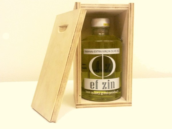Extra Virgin Olive oil transparent Bottle 250ml from Kalamata in wooden box