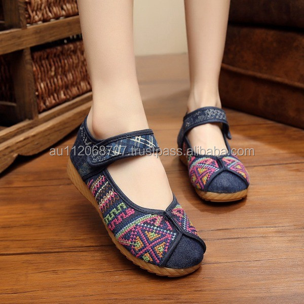 Women Casual Shoes Vintage Embroidered Cotton Walking Flat Shoes Oxford Sole Platforms Good Quality