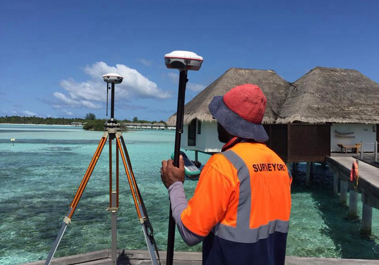 SinoGNSS T300 Base and Rover Receiver Topographic Survey