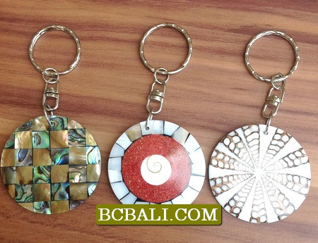 handmade key chain made from seashells with resin