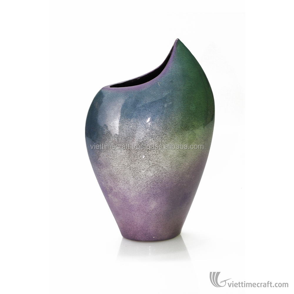 Ceramic modern elegant lacquer vase, subtle mixture of color, handicraft in Vietnam