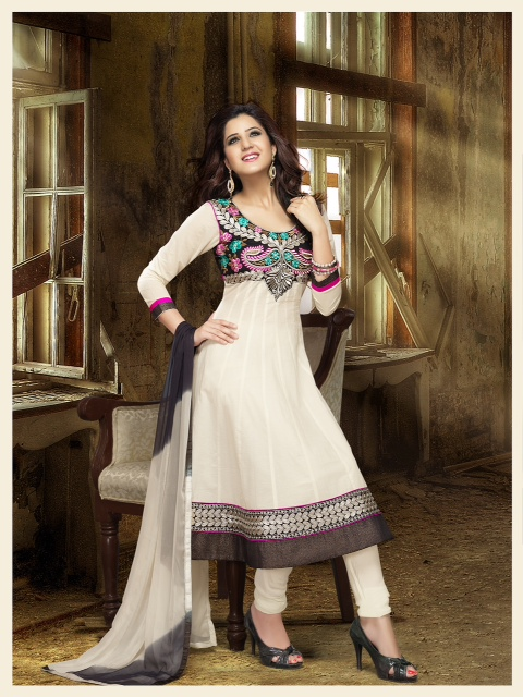 Indian Designer cotton salwar kameez in beautiful print with matching salwar and cotton dupatta