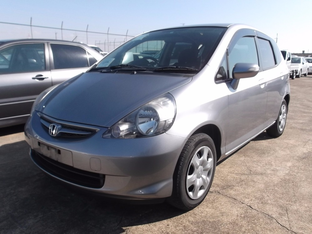 Exellent condition and Reliable used honda fit car with multipul functions