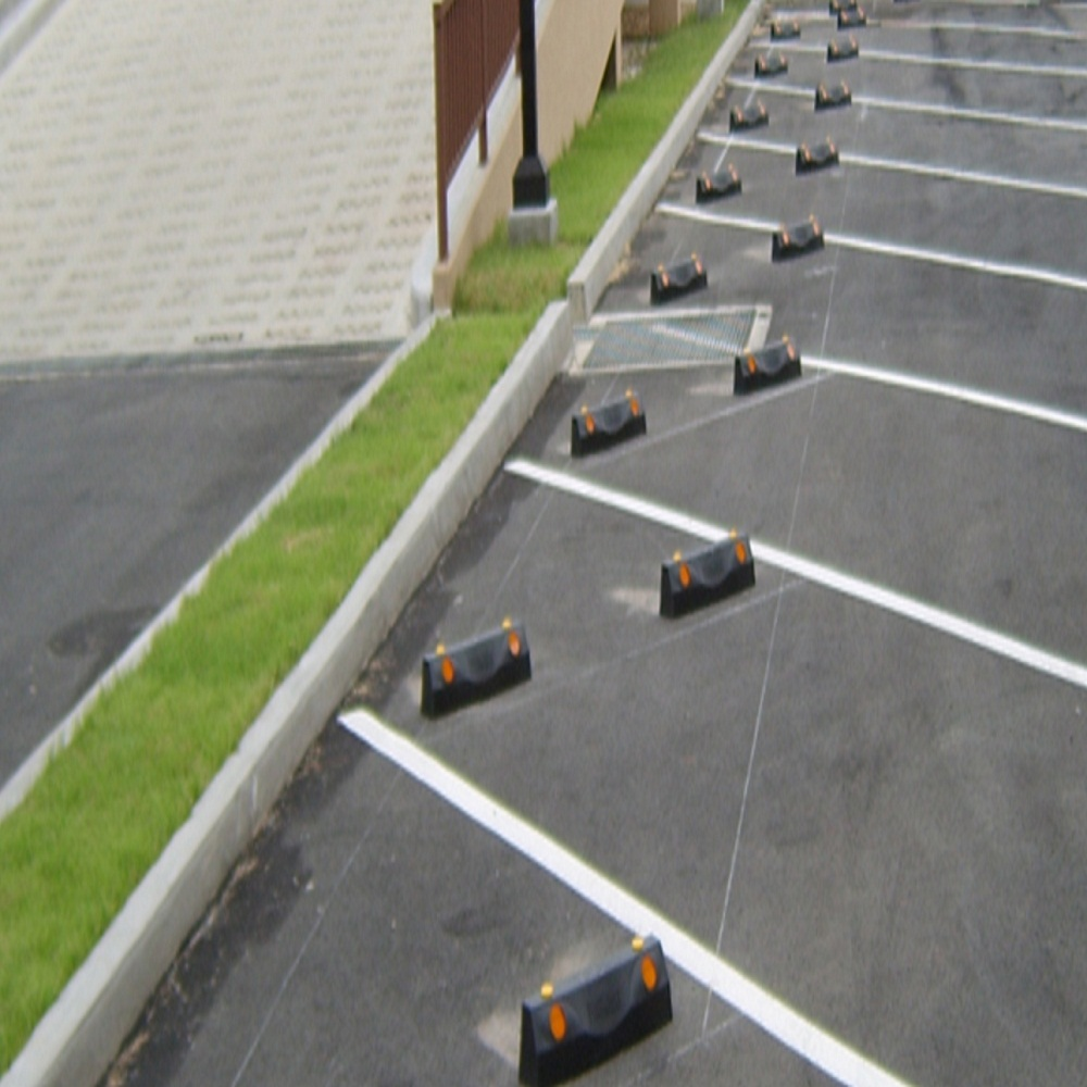 Three dimensional design Parking Block with simple & solid atmosphere