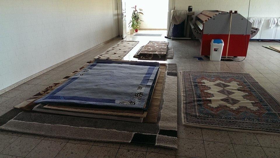teppich entstaubung maschine buy product on. Black Bedroom Furniture Sets. Home Design Ideas