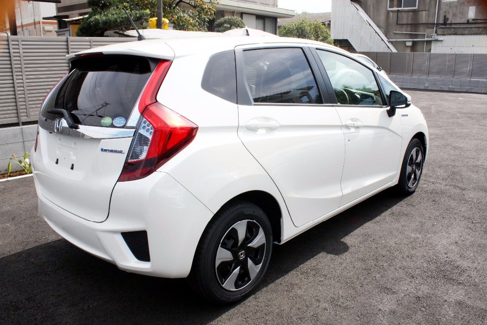 USED Honda Fit Hybrid L Package 2016 Model from Japan 9/10Condition