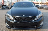 Kia Motors Optima K5 Deluxe + Sunroof Luxury car