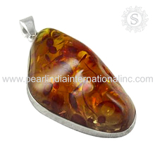 superb Wholesaler Silver Jewelry Amber Pendant 925 Sterling Silver Jewelry Supplier Handmade Silver Jewellery
