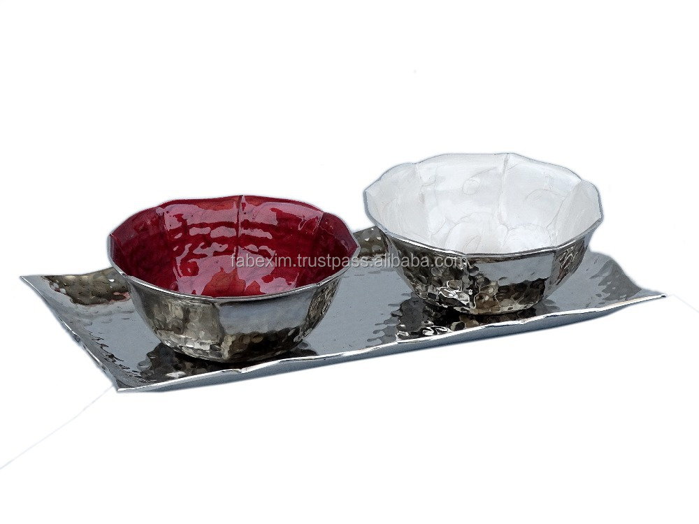 Fine Hammered Rectangle Tray with 2 Lotus Bowls in Window Box