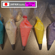 high -grade disposable piping bag for cake decoration made in Japan , very convenient