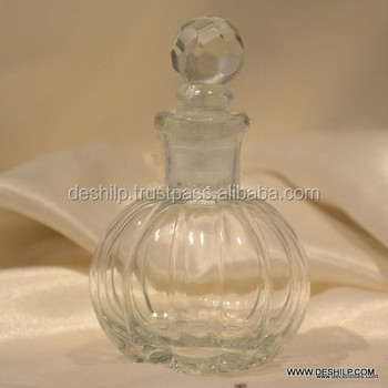 GLASS ROUND CUTTING ANTIQUE DECANTER WITH STOPPER
