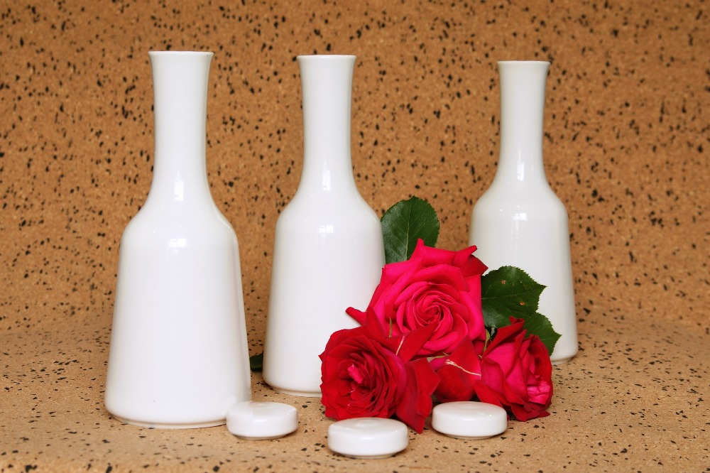 Ceramic souvenir bottle decanter for wine, vodka, sake, brandy, cognac 'Carafe'